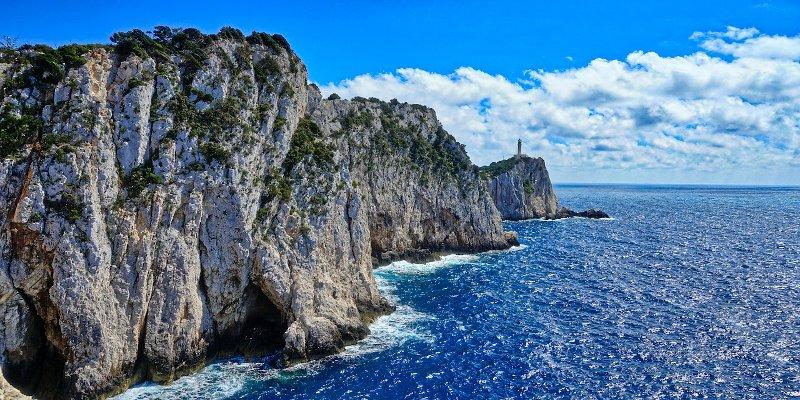 Η Κολύμβηση στη Θάλασσα και οι κίνδυνοι που παραμονεύουν